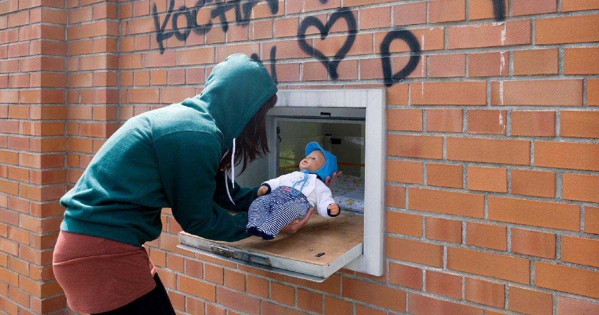 """baba.jpg?resize=412,232 - Bruxelles: une """"boîte à bébé"""" sera bientôt installé pour abandonner son enfant"""