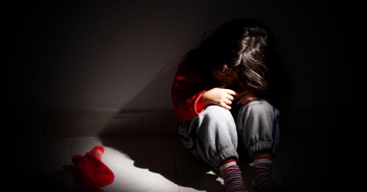 diseno sin titulo 18 4.jpg?resize=1200,630 - Niño De 12 Años Abuso De Su Hermanita De 6 Para Recrear La Escena De Un Videojuego Violento
