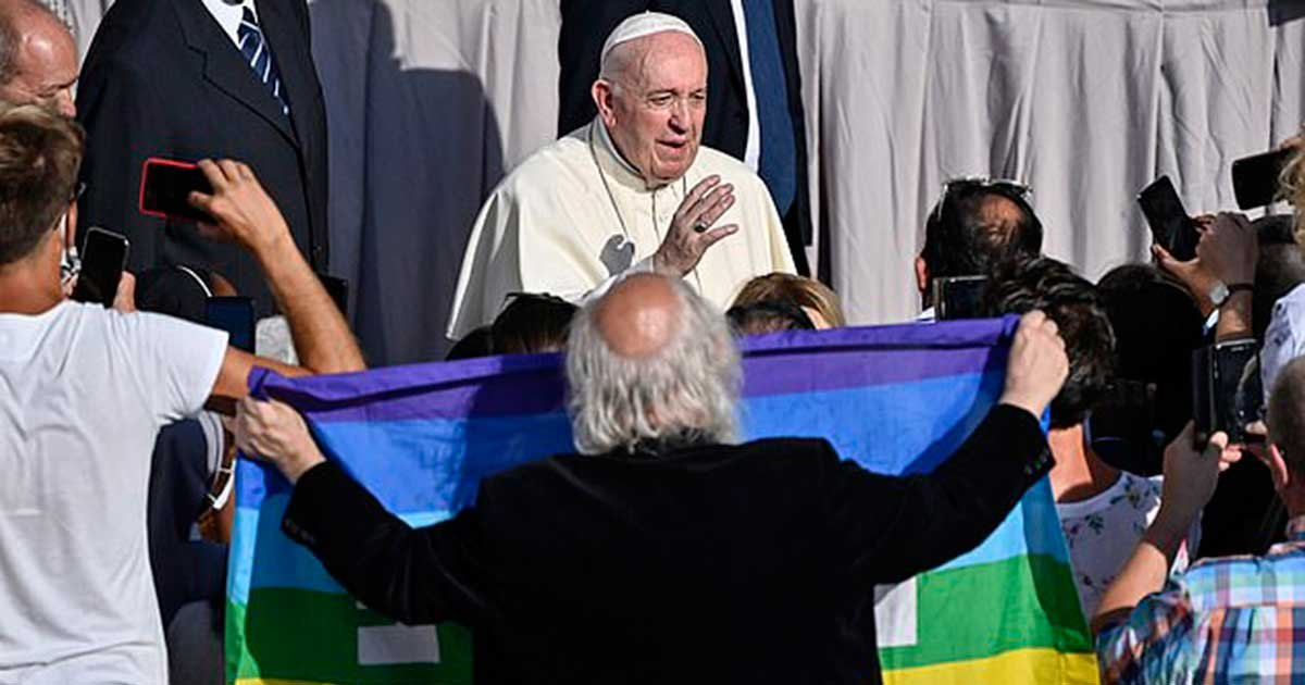 """epa.jpg?resize=1200,630 - Pope Tells Parents Of LGBT Children, """"God Loves Your Children As They Are"""""""