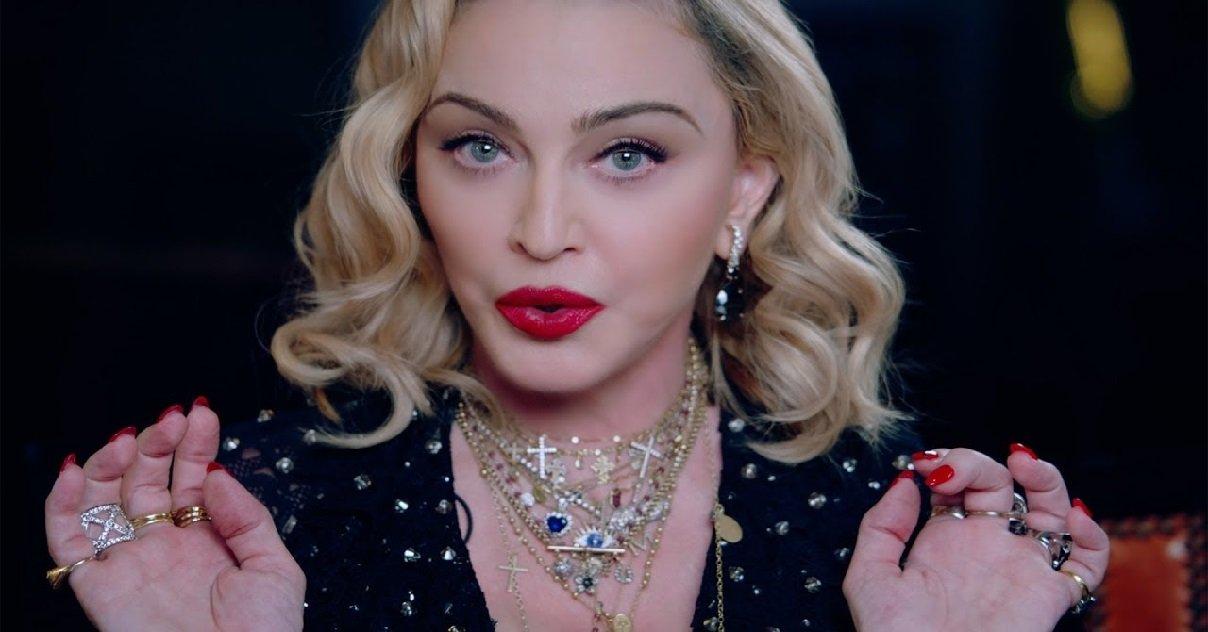 madonna.jpg?resize=412,232 - Madonna va réaliser un film sur sa vie, mais qui aura la lourde tâche d'incarner la diva ?