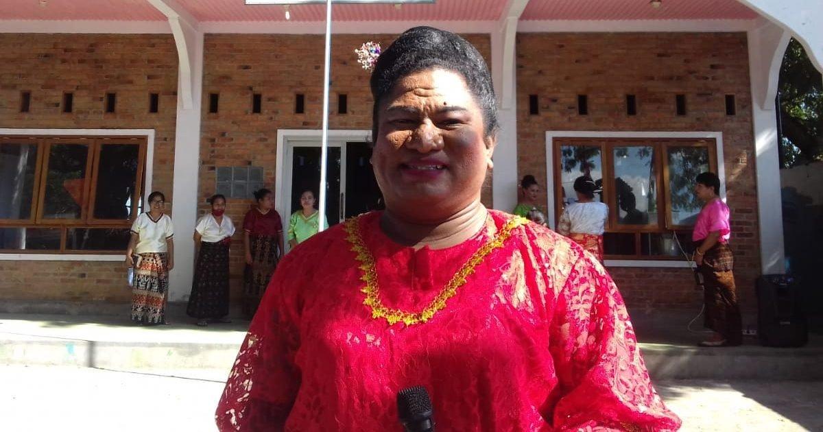 transpuan maumere 6 e1599778209450.jpeg?resize=1200,630 - Une femme transgenreélue pour la première fois en Indonésie