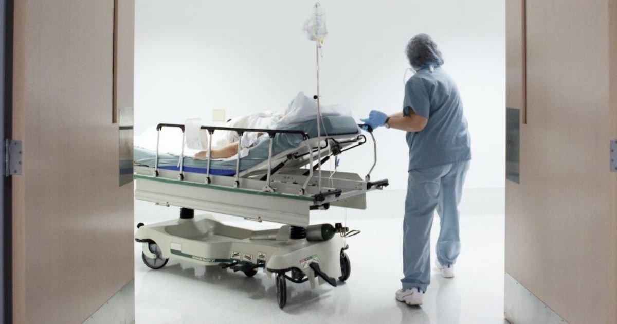 vonjour5.jpg?resize=1200,630 - Les douleurs aux testicules seraient-elles un nouveau symptôme de la Covid-19 ?