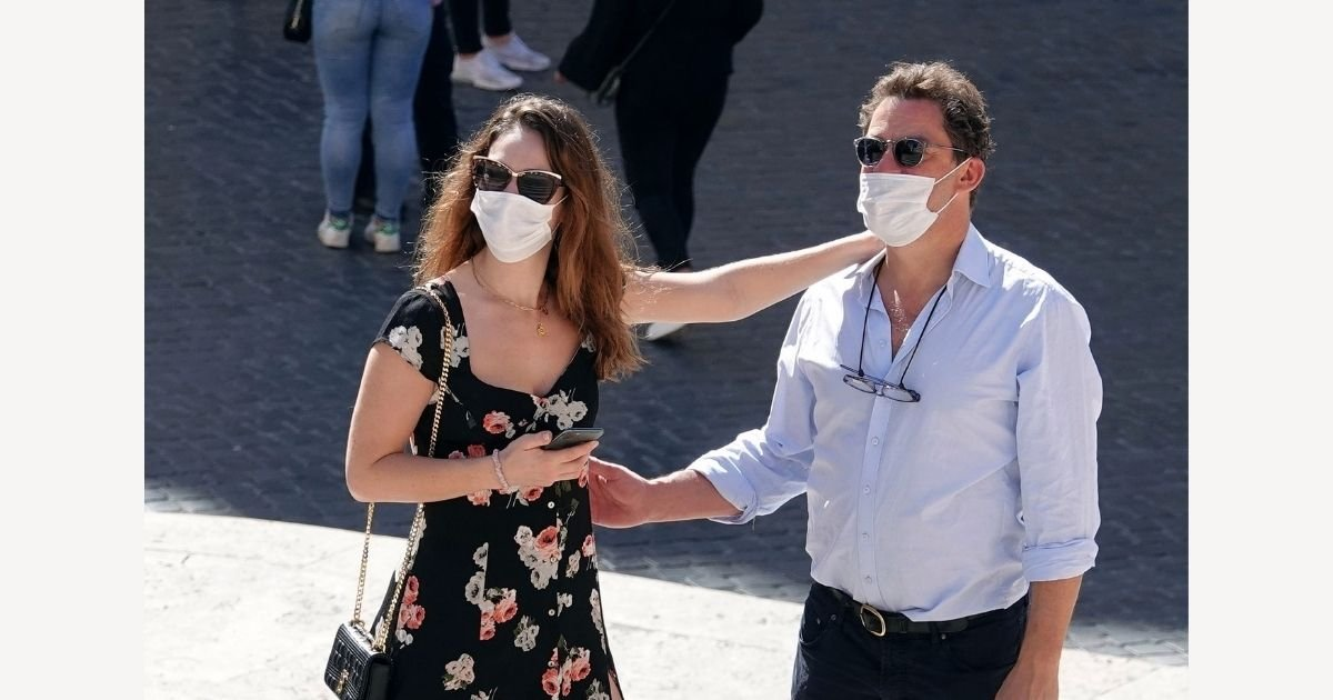 1 147.jpg?resize=412,232 - Dominic West Insists His Marriage Is 'Strong' After Photos Kissing Lily James Went Public