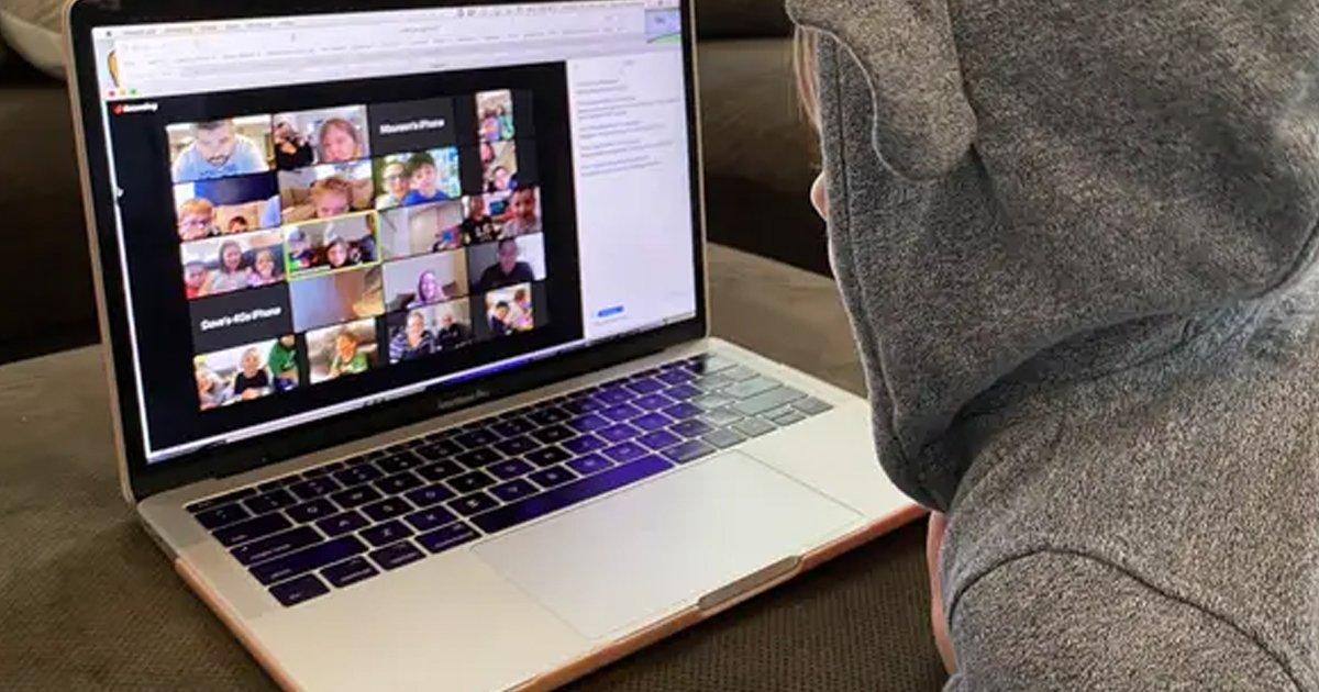 1 161.jpg?resize=412,232 - Abusan De Niña De 7 Años Frente A Su Maestra Y Compañeros Durante Una Clase Online