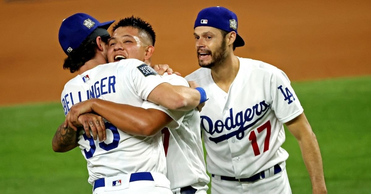 3 96.jpg?resize=1200,630 - L.A Dodgers Won World Series For The First Time Since 1988