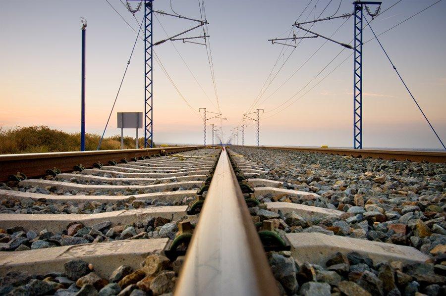 Cuánto cuesta cada kilómetro de la red de alta velocidad española? | treneando