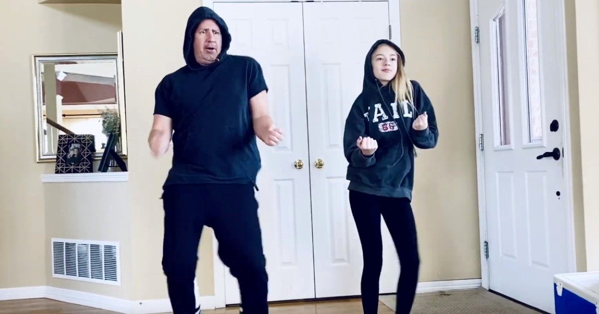 dad dances with daughter