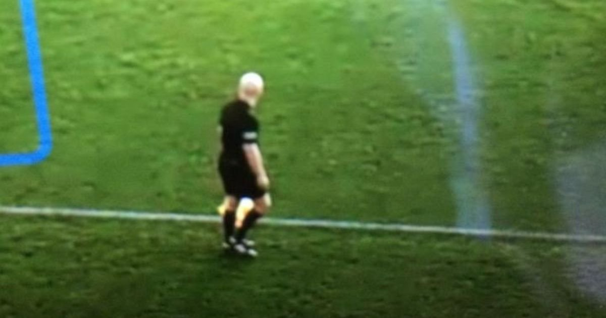 6 72.jpg?resize=1200,630 - Artificial Intelligence (AI) Camera Mistakes A Bald Linesman's Head For A Football, Ruins Game For Fans