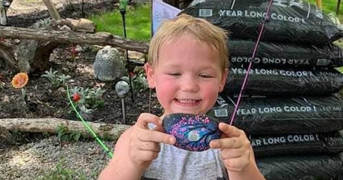 e18486e185aee1848ce185a6 20 3.jpg?resize=1200,630 - Search For Five-Years-Old Toddler Who Disappeared From Ohio Lake Resort
