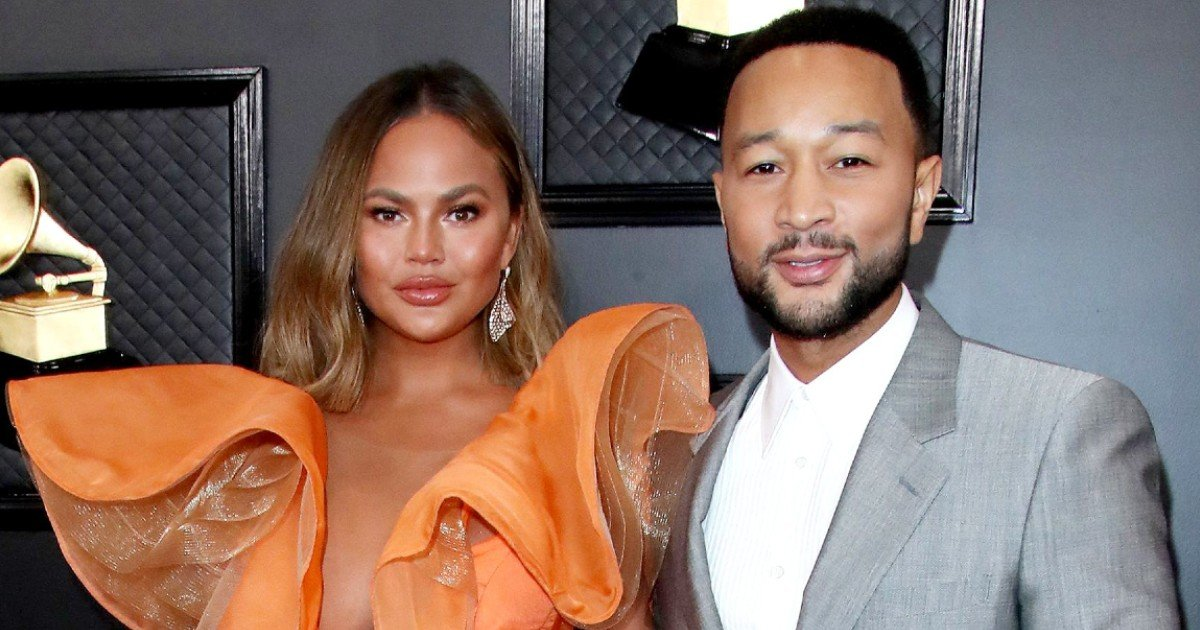 e18486e185aee1848ce185a6 27.jpg?resize=1200,630 - Celebrities Voice Support For Chrissy Teigen And John Legend After Pregnancy Loss