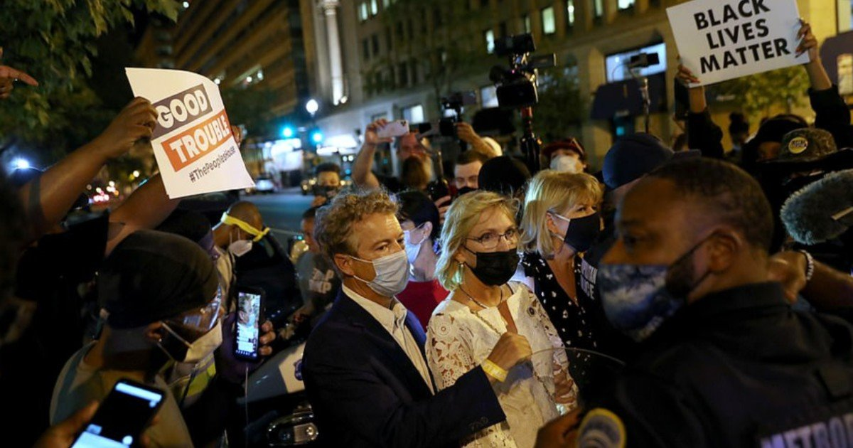 e18486e185aee1848ce185a6 39 1.jpg?resize=1200,630 - Senator Rand Paul Says He And His Wife Were Attacked By An Angry BLM Mob Outside The White House