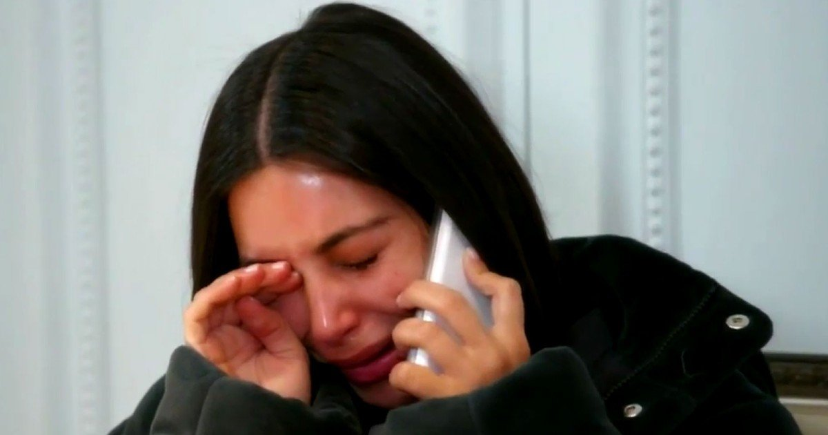 e18486e185aee1848ce185a6 74.jpg?resize=1200,630 - Kim Kardashian Cried The Whole Way Home After Seeing Memes About Her Online