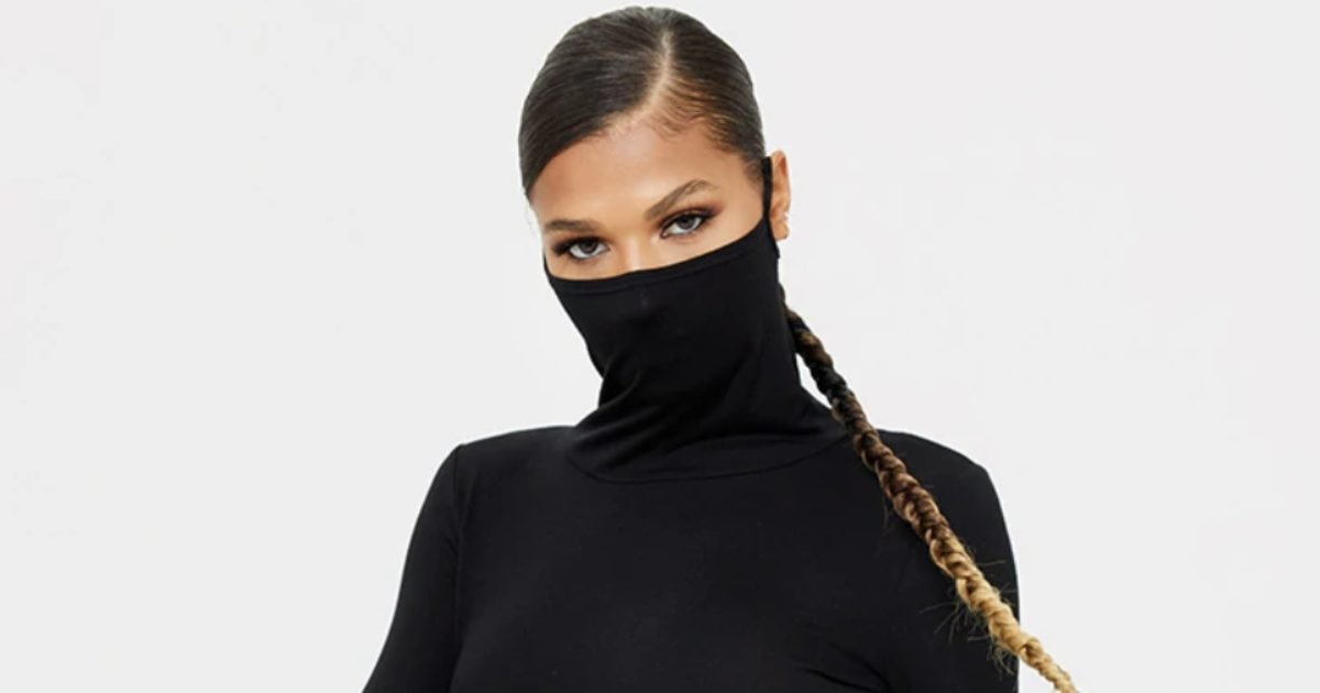 face mask dress t e1602535626463.jpg?resize=412,232 - Nouveauté : Découvrez la robe avec masque intégré