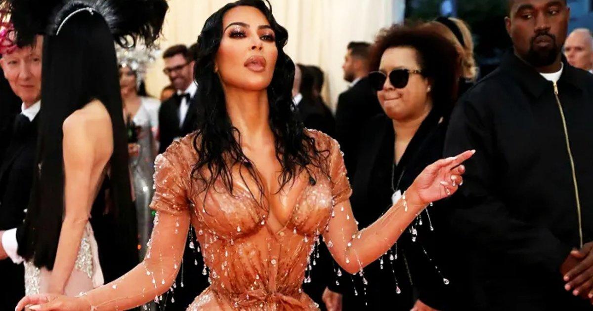 gggggggggg.jpg?resize=412,232 - Kim Kardashian Says She Makes More Money On Instagram Than The Reality Show KUWTK