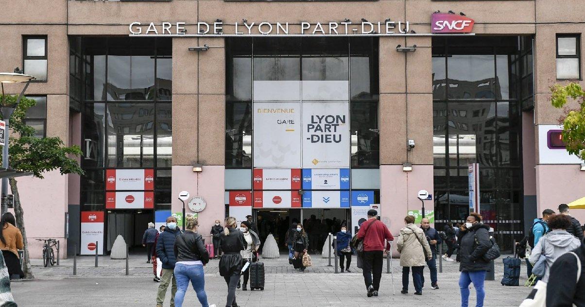 lyon.jpg?resize=1200,630 - La gare de Lyon Part-Dieu a été évacuée à cause d'une alerte à la bombe