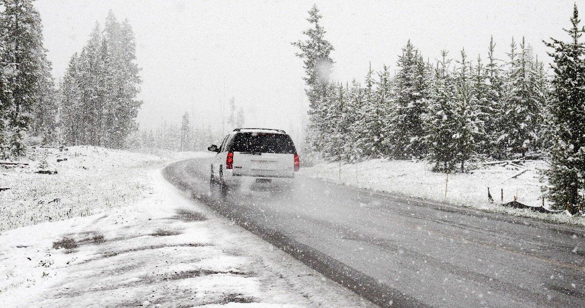 pneu.jpg?resize=1200,630 - À partir de novembre 2021, il sera obligatoire de chausser des pneus hiver