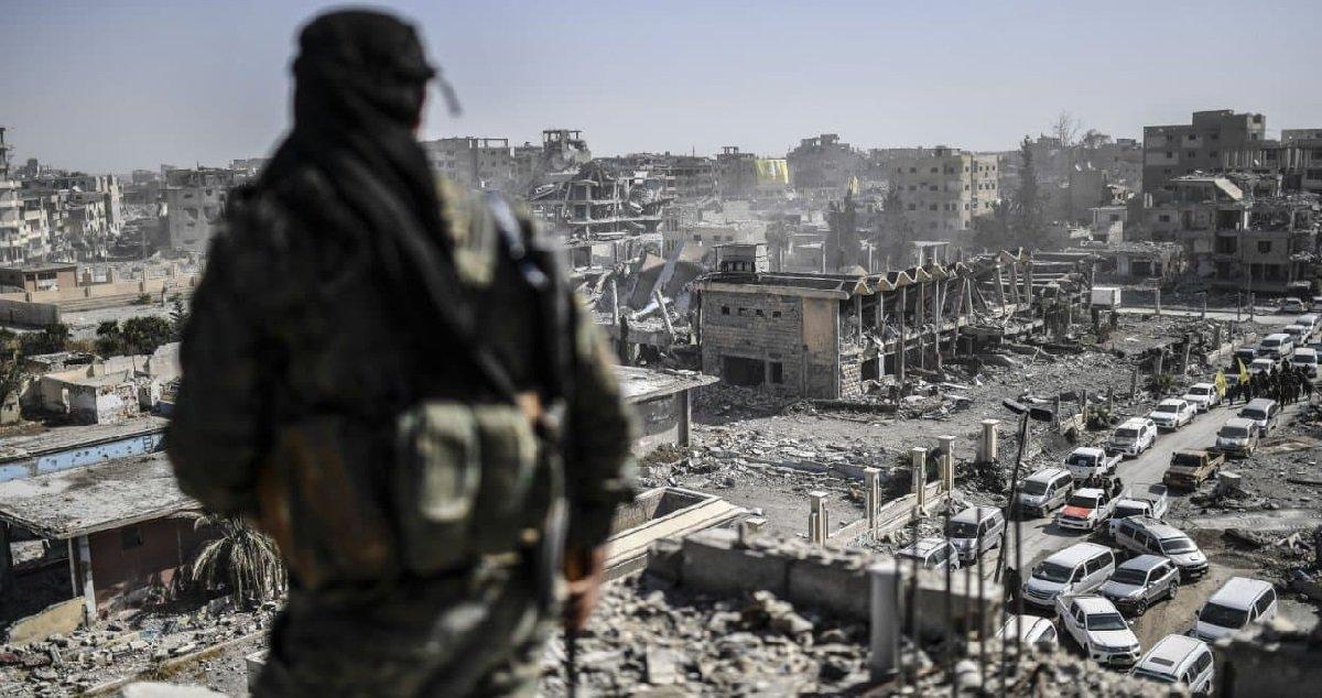 syrie.jpg?resize=412,232 - L'assassin de Samuel Paty était en contact avec un djihadiste en Syrie