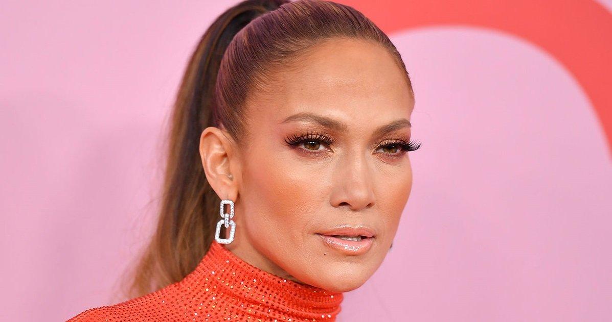 10 jlo.jpg?resize=1200,630 - Jennifer Lopez a fait une petite dépression à cause du coronavirus