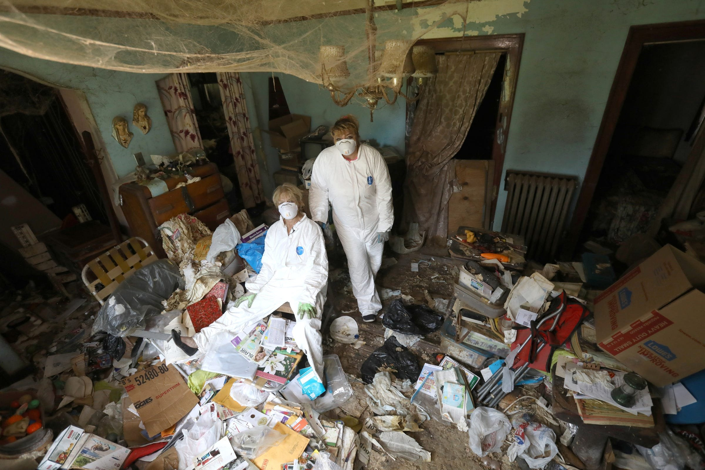 8 signs you may be a hoarder: Health disorder is more than being messy
