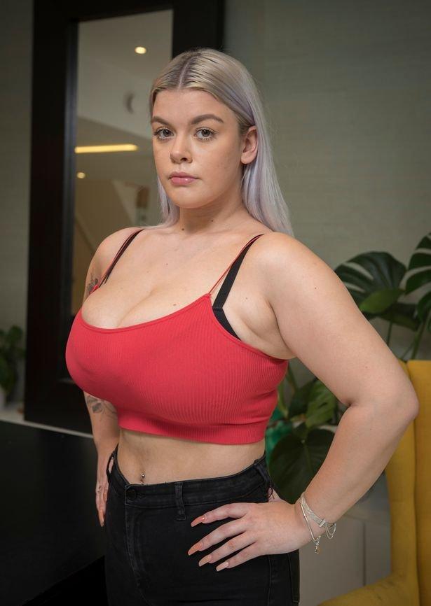 34L breasts