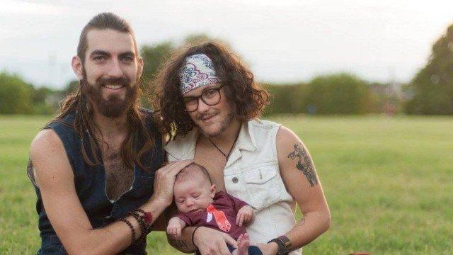 La increíble historia del hombre trans que dio a luz a un bebé | Contexto Tucumán