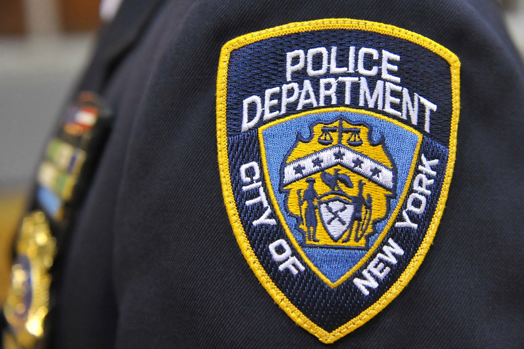 NYPD officer busted for allegedly assaulting girlfriend - Report Door