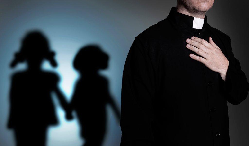 Los dos sacerdotes condenados por abuso sexual de niños | KienyKe