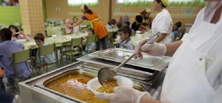 Huelga en los comedores escolares gestionados antes por Catering Brens | Radio Sevilla | Hora 14 Sevilla | Cadena SER
