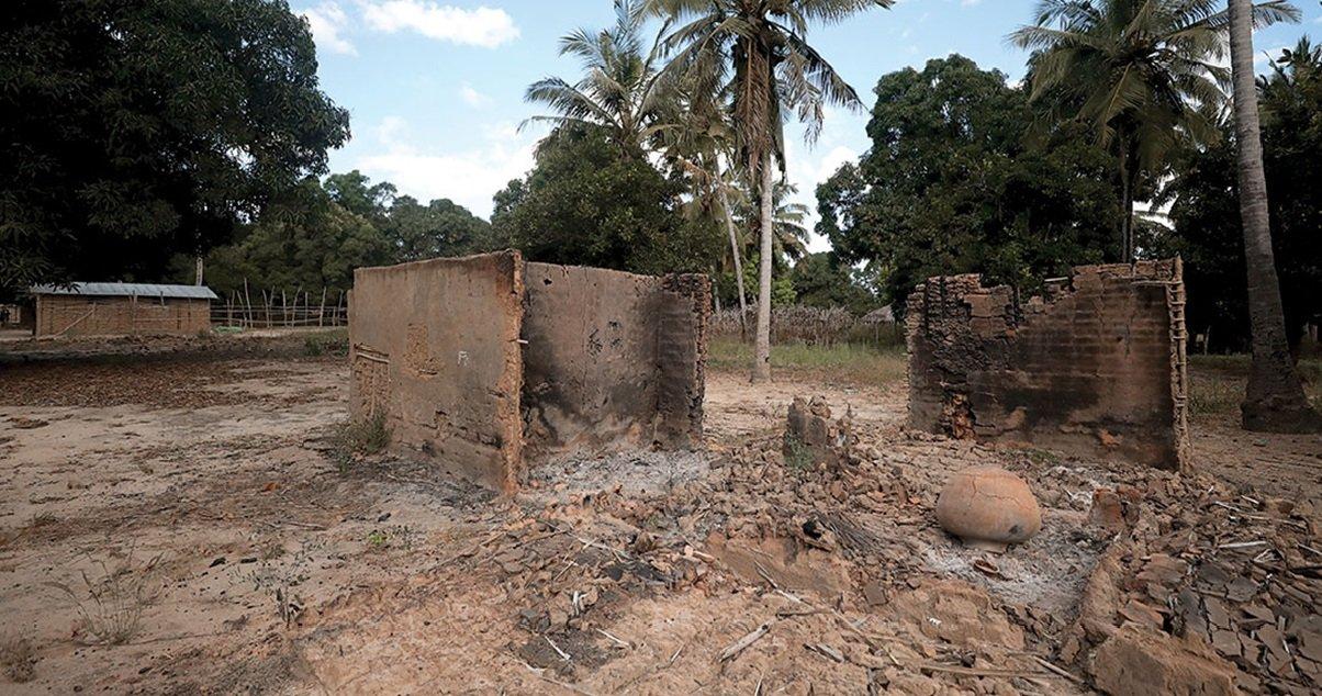 5 moz.jpg?resize=1200,630 - Mozambique: un groupe jihadiste affilié à Daesh a décapité plus de cinquante personnes