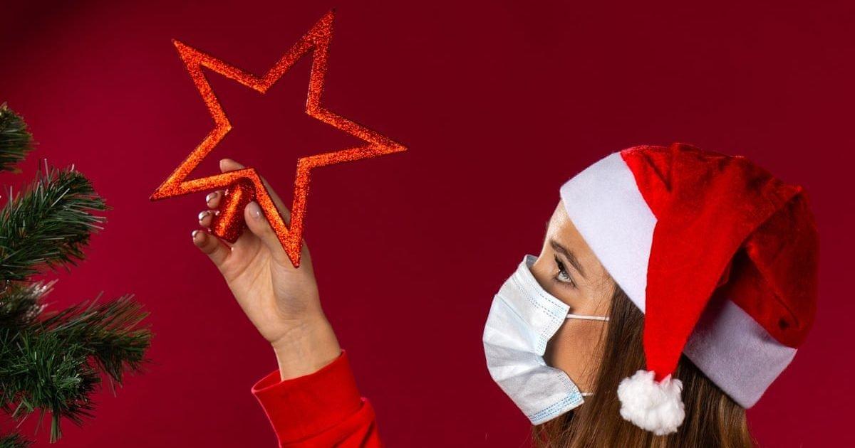 6157 e1604515490642.jpg?resize=1200,630 - Covid-19 : Pourquoi certains pensent que célébrer Noël en famille est peu risqué ?