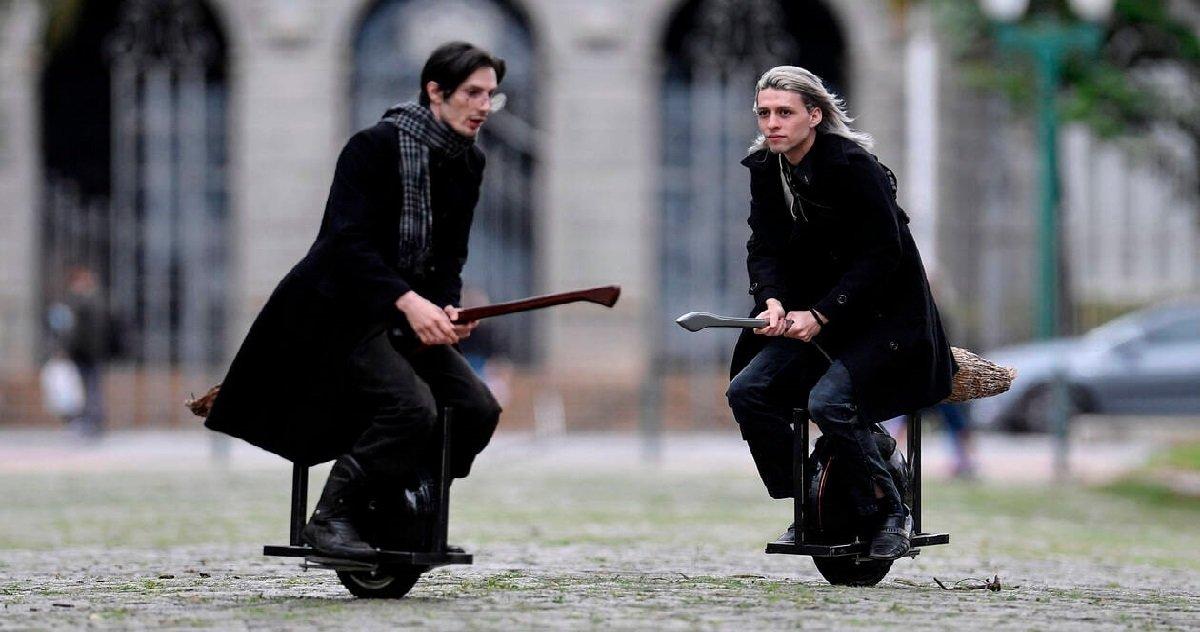 """7 broom.jpg?resize=412,232 - Harry Potter: des inventeurs ont créé un vrai balai magique de type """"Nimbus 2000"""""""
