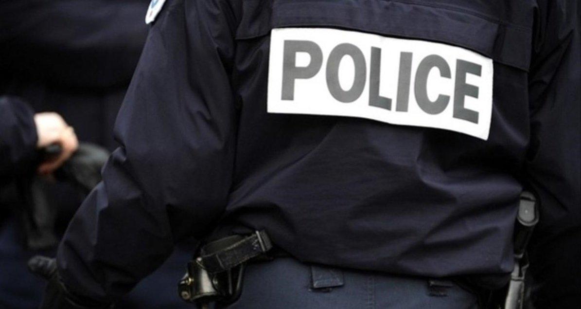 8 police.jpg?resize=1200,630 - Seine-Saint-Denis: le domicile d'un maire a été tagué avec des croix gammées