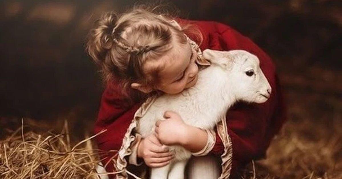 andreamartinphoto instagram9 1 e1605719173998.jpg?resize=1200,630 - 10 Photos qui illustrent l'amitié entre les enfants et les animaux