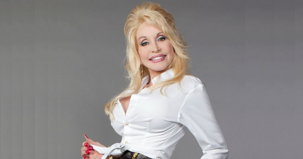 filepic.jpg?resize=412,232 - Dolly Parton Might Pose To Cover In PlayBoy Magazine For Her 75th Birthday