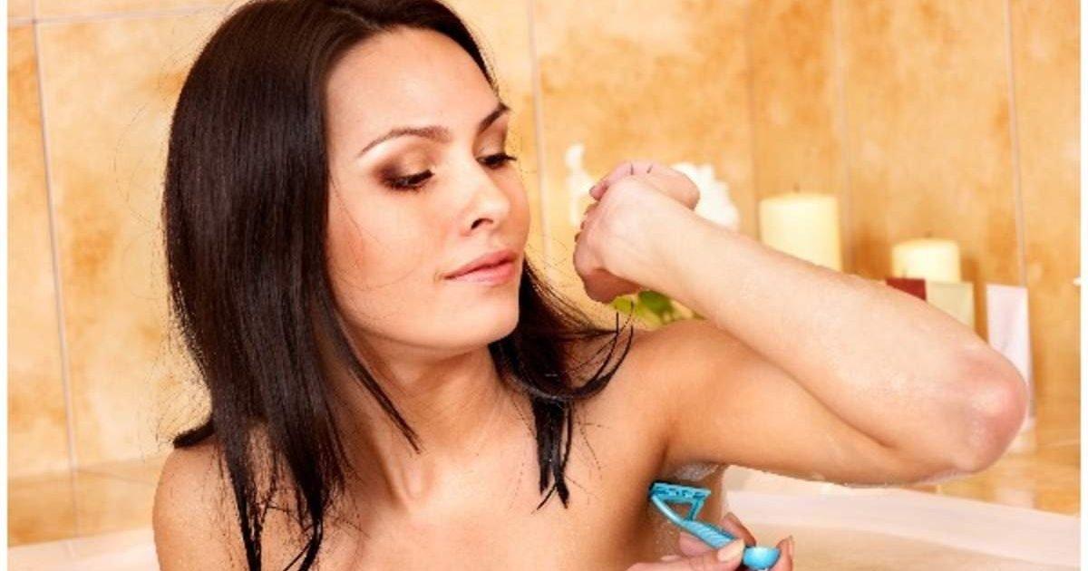 jpg e1604346575107.jpeg?resize=1200,630 - Beauté au naturel : il photographie des femmes aux aisselles non rasées