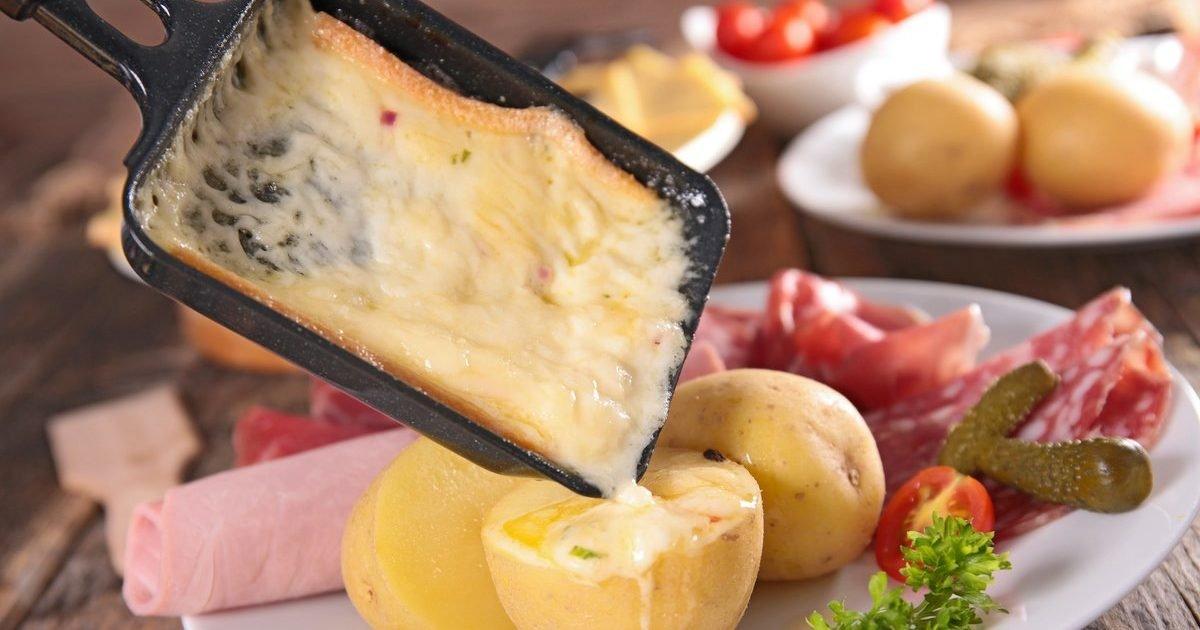 le bonbon e1605541209898.jpg?resize=1200,630 - Confinement : Risquons-nous une pénurie de fromage à raclette ?