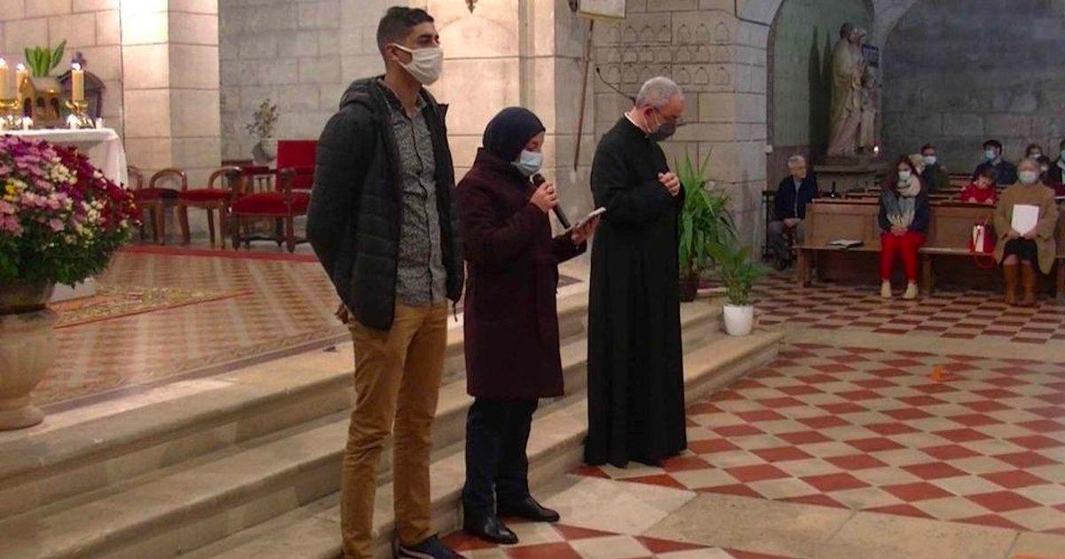 musulmans.png?resize=1200,630 - Des musulmans ont assisté à la messe de la Toussaint par solidarité avec les catholiques