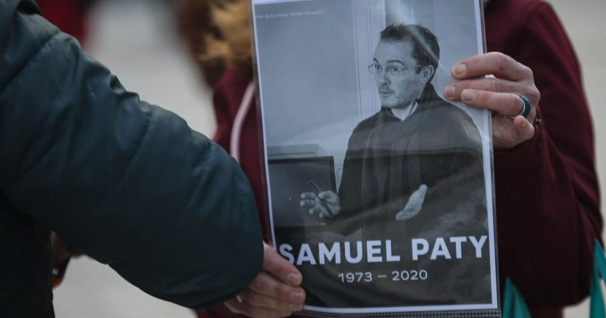 """paris match e1604318876365.jpg?resize=1200,630 - Hommage à Samuel Paty : Des personnalités récitent """"Liberté"""" de Paul Éluard"""