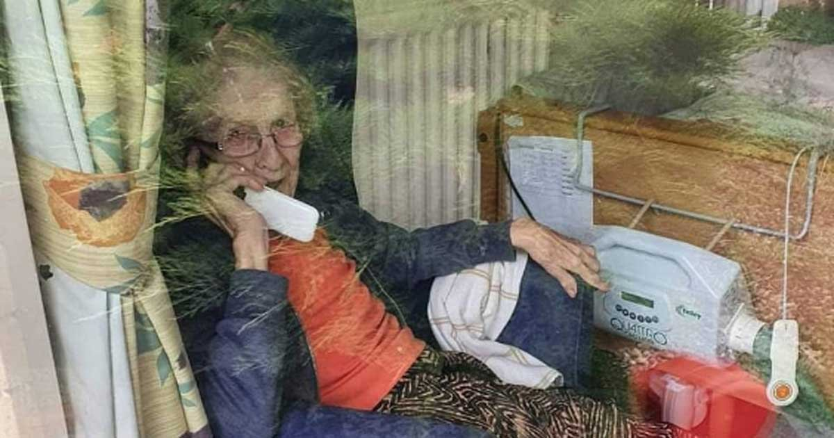 tw.jpg?resize=412,275 - Great-Grandmother With Dementia Ordered To Leave Care Home