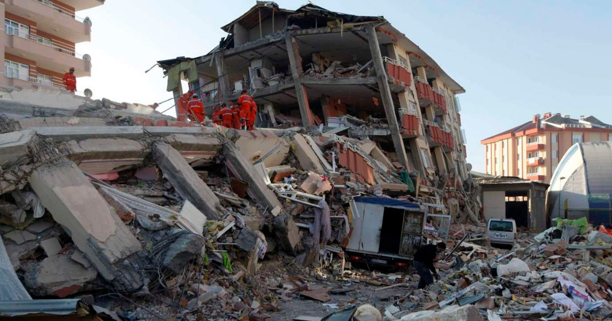 vonjour13.png?resize=1200,630 - Séisme en Turquie : le bilan monte à 100 morts