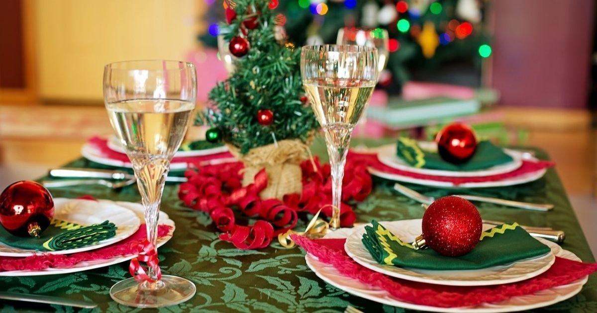 """vonjour5 4.jpg?resize=412,232 - Un médecin préconise que """"papy et mamie mangent dans la cuisine"""" à Noël"""