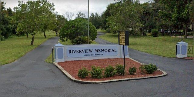Mother of slain Florida teen shot at his burial service, officials say - Usa Daily Express