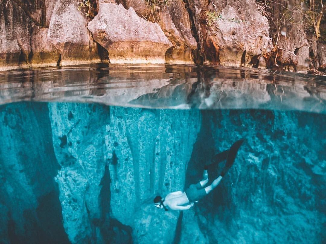 Barracuda Lake, Coron | Island Hopping in the Philippines - Palawan