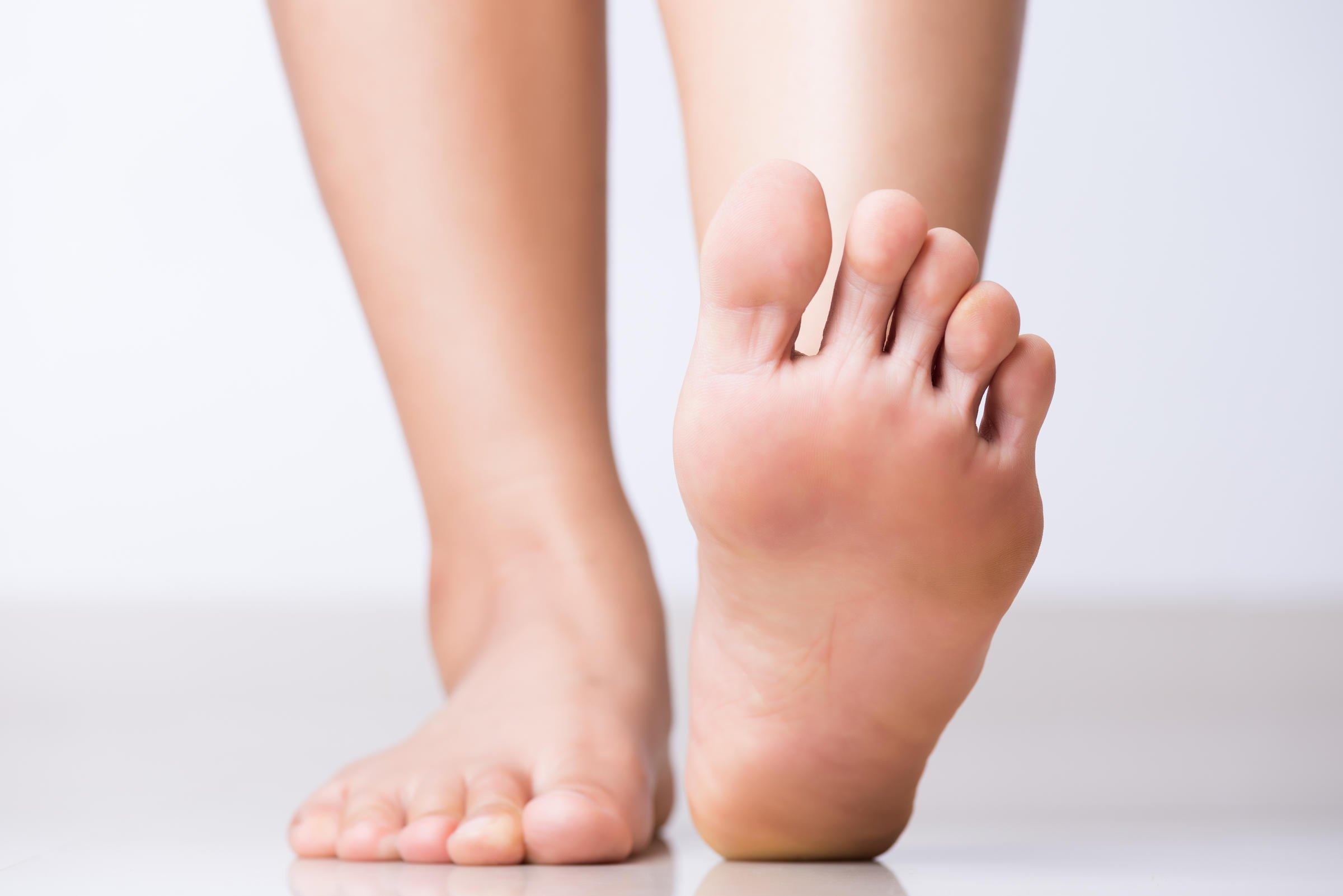 toenails falling off