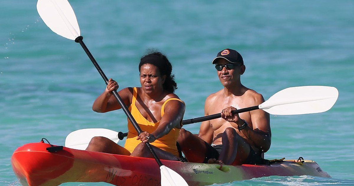 fdfdfdf.jpg?resize=412,232 - Party Time For The Obamas As Family Heads To Hawaii For Tropical Retreat
