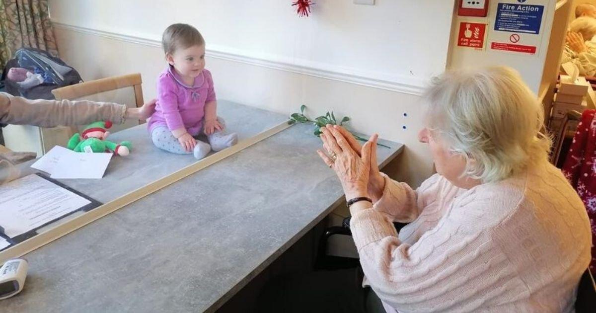 grandma4 1.jpg?resize=1200,630 - Grandmother Finally Meets Great-Granddaughter In A Heartwarming Reunion