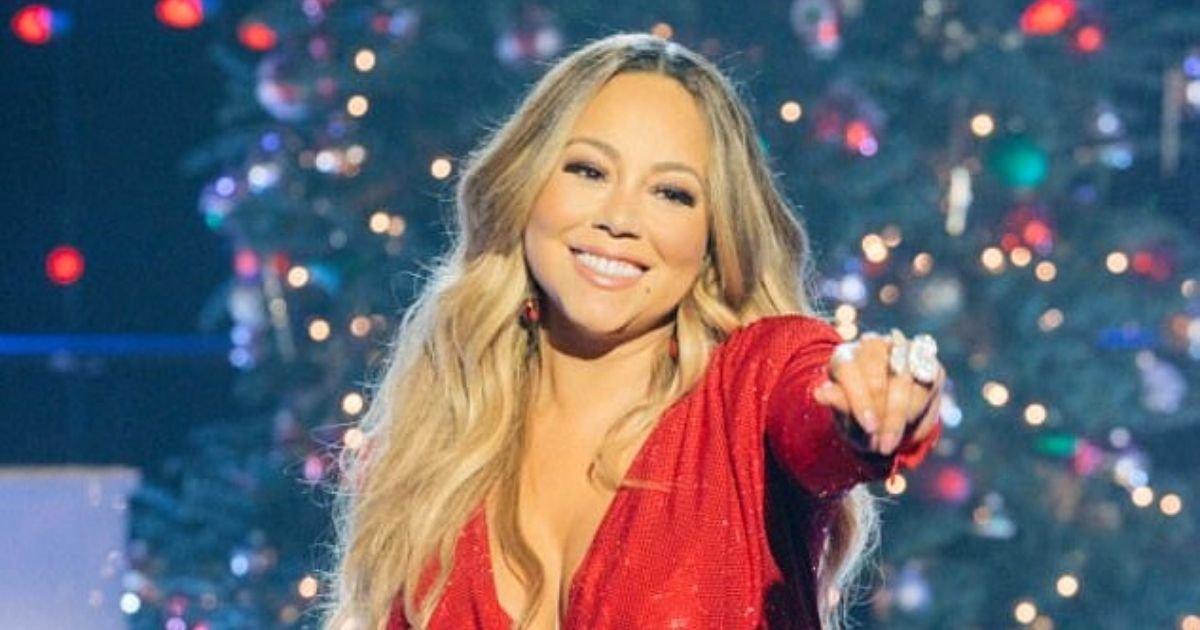 mariah6.jpg?resize=1200,630 - Mariah Carey's 'All I Want For Christmas' Tops US And UK Charts