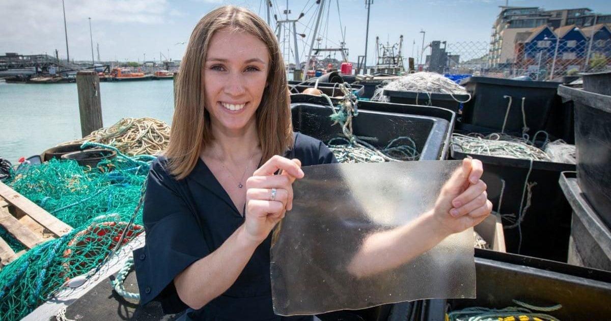 marinatex lucy hughes e1609271343565.jpg?resize=412,232 - Innovation : Un plastique biodégradable fabriqué à partir d'écailles de poisson