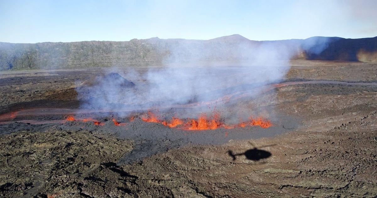 vonjour1 2.jpg?resize=412,232 - Le Piton de la Fournaise est une nouvelle fois entré en éruption à la Réunion