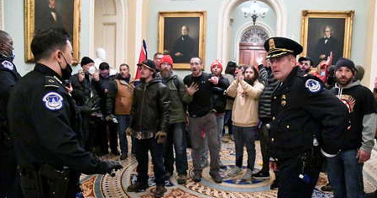 1 73.jpg?resize=412,232 - Se Quita La Vida Un Policía Que Participó En Los Enfrentamientos Del Capitolio De USA